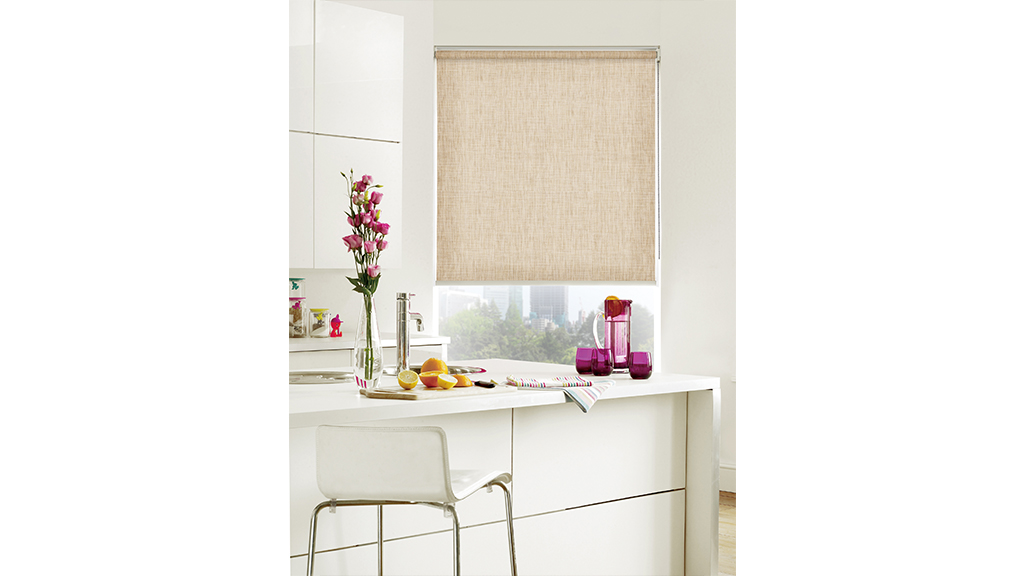 Roller-Shade-(natural)-Dining-room.kitchen